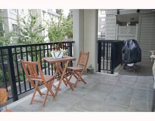 """Photo 8: 103 2968 SILVER SPRINGS Boulevard in Coquitlam: Westwood Plateau Condo for sale in """"TAMARISK AT SILVER SPRINGS"""" : MLS®# V672702"""