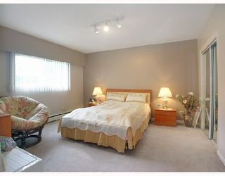 Photo 3: 6563 NEVILLE Street in Burnaby: South Slope House for sale (Burnaby South)  : MLS®# V698546