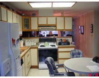 "Photo 4: 101 7837 120A Street in Surrey: West Newton Townhouse for sale in ""Berkshyre Gardens"" : MLS®# F2812158"