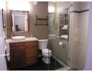 Photo 8: 124 E CARISBROOKE Road in North Vancouver: Upper Lonsdale House for sale : MLS®# V711676