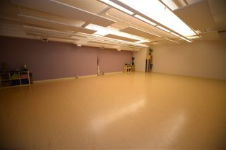 Photo 8: 10 20 Circle Drive: St. Albert Business with Property for sale : MLS®# E4167839