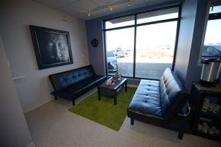 Photo 4: 10 20 Circle Drive: St. Albert Business with Property for sale : MLS®# E4167839