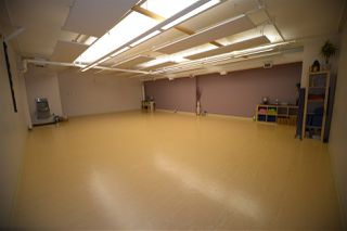 Photo 9: 10 20 Circle Drive: St. Albert Business with Property for sale : MLS®# E4167839