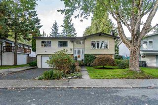 Photo 1: 14927 92A Avenue in Surrey: Fleetwood Tynehead House for sale : MLS®# R2412006