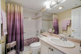 """Photo 12: 1302 612 SIXTH Street in New Westminster: Uptown NW Condo for sale in """"The Woodword"""" : MLS®# R2412768"""