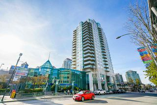 """Photo 20: 1302 612 SIXTH Street in New Westminster: Uptown NW Condo for sale in """"The Woodword"""" : MLS®# R2412768"""