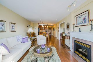 """Photo 9: 1302 612 SIXTH Street in New Westminster: Uptown NW Condo for sale in """"The Woodword"""" : MLS®# R2412768"""
