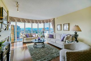 """Photo 7: 1302 612 SIXTH Street in New Westminster: Uptown NW Condo for sale in """"The Woodword"""" : MLS®# R2412768"""