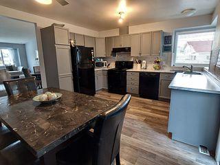 Photo 8: 9003 169A Avenue in Edmonton: Zone 28 House for sale : MLS®# E4178715