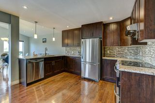 Photo 4: 329 HIDDEN VALLEY Place NW in Calgary: Hidden Valley Detached for sale : MLS®# C4305707