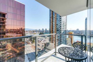 "Main Photo: 1956 38 SMITHE Street in Vancouver: Yaletown Condo for sale in ""ONE PACIFIC"" (Vancouver West)  : MLS®# R2479601"