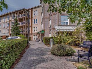 Photo 1: 109 1156 Colville Rd in : Es Gorge Vale Condo for sale (Esquimalt)  : MLS®# 851602