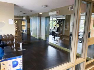 """Photo 17: 3005 892 CARNARVON Street in New Westminster: Downtown NW Condo for sale in """"AZURE II AT PLAZA 88"""" : MLS®# R2500077"""