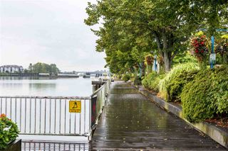 """Photo 23: 3005 892 CARNARVON Street in New Westminster: Downtown NW Condo for sale in """"AZURE II AT PLAZA 88"""" : MLS®# R2500077"""