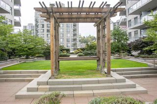"""Photo 15: 3005 892 CARNARVON Street in New Westminster: Downtown NW Condo for sale in """"AZURE II AT PLAZA 88"""" : MLS®# R2500077"""