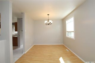 Photo 5: 99 Spinks Drive in Saskatoon: West College Park Residential for sale : MLS®# SK828106