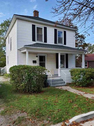 Photo 1: 20 Norwood Avenue in Sydney: 201-Sydney Residential for sale (Cape Breton)  : MLS®# 202021665