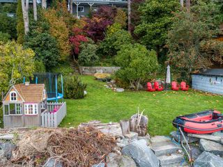 Photo 3: 3269 BEACH Avenue: Roberts Creek House for sale (Sunshine Coast)  : MLS®# R2511838