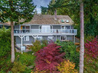 Photo 1: 3269 BEACH Avenue: Roberts Creek House for sale (Sunshine Coast)  : MLS®# R2511838