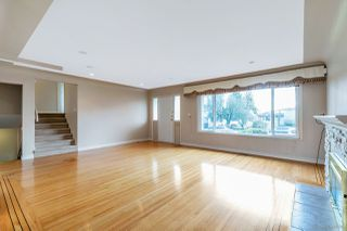 Photo 2: 577 W 63RD Avenue in Vancouver: Marpole House for sale (Vancouver West)  : MLS®# R2524291