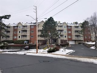 Photo 1: 303 80 Spinnaker Drive in Halifax: 8-Armdale/Purcell`s Cove/Herring Cove Residential for sale (Halifax-Dartmouth)  : MLS®# 202100039
