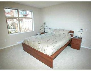 "Photo 2: 500 KLAHANIE Drive in Port Moody: Port Moody Centre Condo for sale in ""THE TIDES"" : MLS®# V635966"