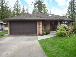 Photo 2: 14639 17A Avenue in Surrey: House for sale (South Surrey White Rock)  : MLS®# F2709277