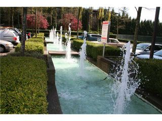 """Photo 8: # 308 9633 MANCHESTER DR in Burnaby: Cariboo Condo for sale in """"STRATHMORE TOWERS"""" (Burnaby North)  : MLS®# V822824"""