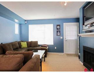 """Photo 5: 9 20560 66TH Avenue in Langley: Willoughby Heights Townhouse for sale in """"Amberleigh"""" : MLS®# F2724914"""