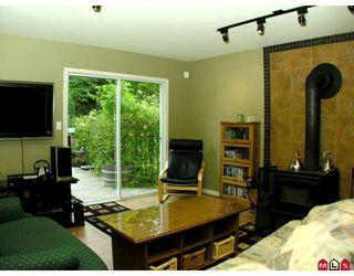 Photo 3: 32437 EGGLESTONE AV in Mission: House for sale : MLS®# F2821390