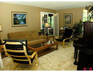 Photo 2: 32437 EGGLESTONE AV in Mission: House for sale : MLS®# F2821390