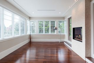 Photo 5: 2819 MARINE Drive in Vancouver West: Home for sale : MLS®# V1068347