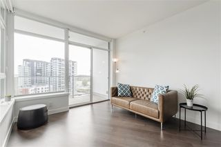 """Photo 7: 1011 3557 SAWMILL Crescent in Vancouver: South Marine Condo for sale in """"ONE TOWN CENTRE"""" (Vancouver East)  : MLS®# R2396702"""