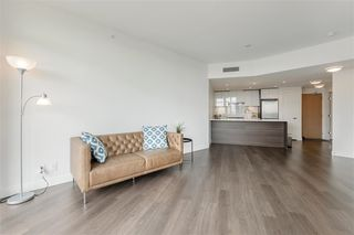 """Photo 6: 1011 3557 SAWMILL Crescent in Vancouver: South Marine Condo for sale in """"ONE TOWN CENTRE"""" (Vancouver East)  : MLS®# R2396702"""