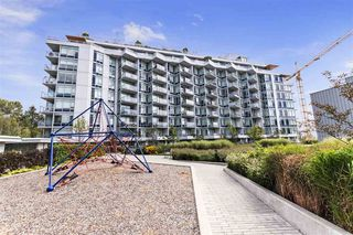 """Photo 15: 1011 3557 SAWMILL Crescent in Vancouver: South Marine Condo for sale in """"ONE TOWN CENTRE"""" (Vancouver East)  : MLS®# R2396702"""