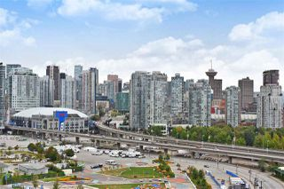"Photo 17: 1606 1128 QUEBEC Street in Vancouver: Downtown VE Condo for sale in ""National"" (Vancouver East)  : MLS®# R2401900"