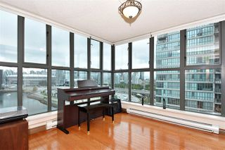 "Photo 7: 1606 1128 QUEBEC Street in Vancouver: Downtown VE Condo for sale in ""National"" (Vancouver East)  : MLS®# R2401900"