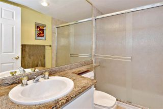 "Photo 12: 1606 1128 QUEBEC Street in Vancouver: Downtown VE Condo for sale in ""National"" (Vancouver East)  : MLS®# R2401900"