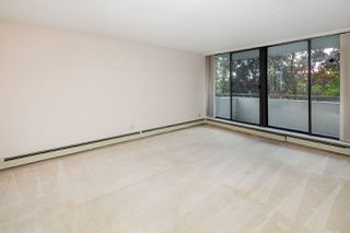 """Photo 2: 305 2060 BELLWOOD Avenue in Burnaby: Brentwood Park Condo for sale in """"Vantage Point II"""" (Burnaby North)  : MLS®# R2412272"""