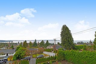 Photo 18: 2189 NELSON Avenue in West Vancouver: Dundarave House for sale : MLS®# R2425057
