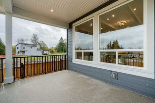 Photo 18: 9862 HUCKLEBERRY Drive in Surrey: Fraser Heights House for sale (North Surrey)  : MLS®# R2427290