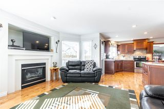 Photo 10: 20678 90A Avenue in Langley: Walnut Grove House for sale : MLS®# R2447561