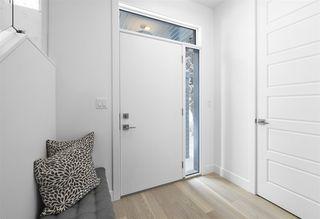 Photo 2: 10839 140 Street in Edmonton: Zone 07 House for sale : MLS®# E4193280