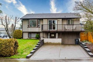 Photo 3: 9572 212A Street in Langley: Walnut Grove House for sale : MLS®# R2457075