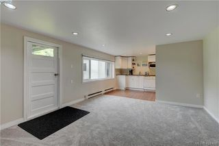 Photo 12: 4051 Hodgson Place in VICTORIA: SE Lake Hill Single Family Detached for sale (Saanich East)  : MLS®# 427466