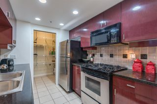 """Photo 12: 1908 1033 MARINASIDE Crescent in Vancouver: Yaletown Condo for sale in """"QUAYWEST"""" (Vancouver West)  : MLS®# R2467788"""