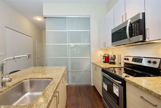 "Photo 14: 102 3688 INVERNESS Street in Vancouver: Knight Condo for sale in ""Charm"" (Vancouver East)  : MLS®# R2488351"