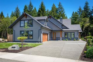 Photo 1: 2225 Crown Isle Dr in : CV Crown Isle Single Family Detached for sale (Comox Valley)  : MLS®# 853510