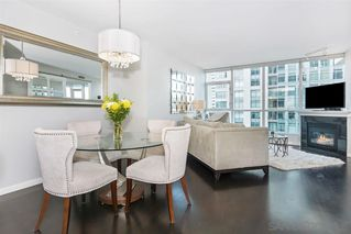 Photo 2: DOWNTOWN Condo for sale : 2 bedrooms : 555 Front Street #1501 in San Diego
