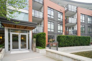 "Photo 1: 321 22 E ROYAL Avenue in New Westminster: Fraserview NW Condo for sale in ""The Lookout - Victoria Hill"" : MLS®# R2498682"